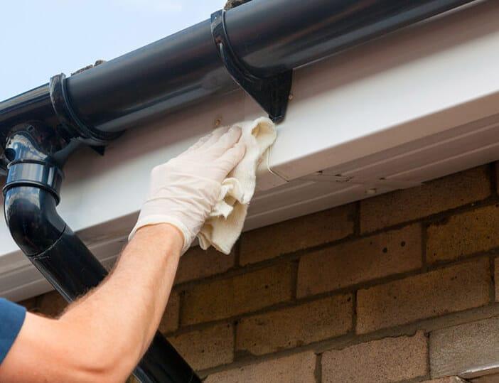 Voordelen van uw dakgoot laten schoonmaken